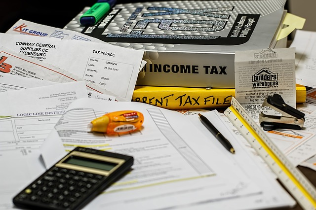 IRS rules for employees and contractors